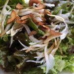 にんにくと醤油のドレッシングのサラダ