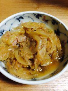 玉ねぎとツナの麺つゆ煮