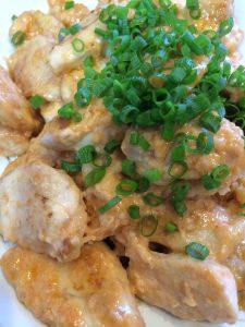 鶏むね肉のオーロラソース焼き