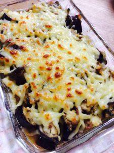 茄子とひき肉の味噌チーズ焼き