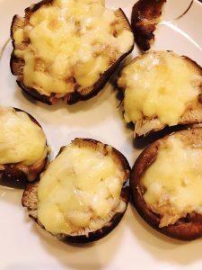 椎茸のツナマヨチーズ焼き